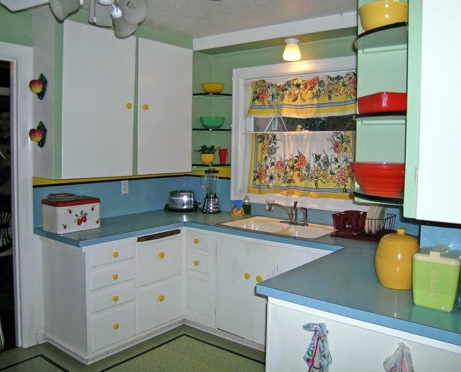 1.2008_1940s_kitchen