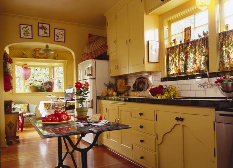 3.2009_kitchen1